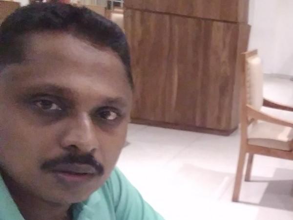 w.roshan sarathchanda mendis Mendis