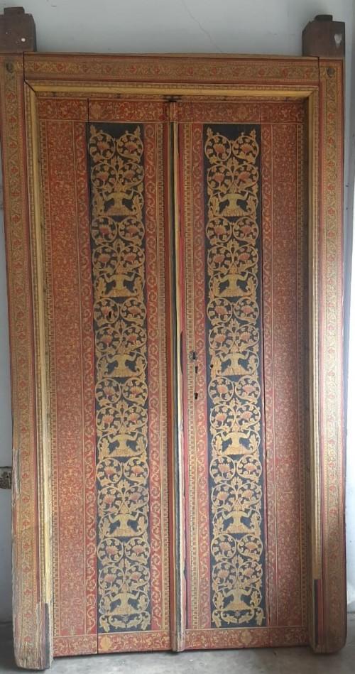 Traditional art in Door